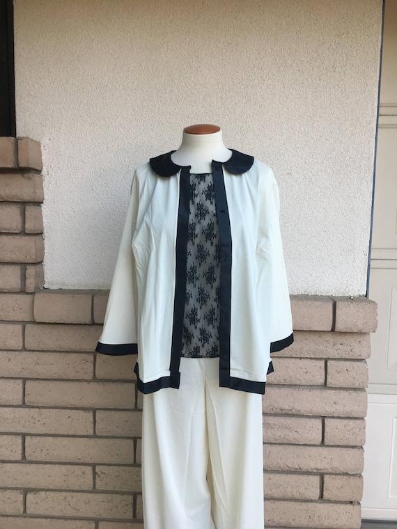 1950/'s to early 60/'s Kabuki Sleepwear by WeldonMid Century Japanese Style Robe