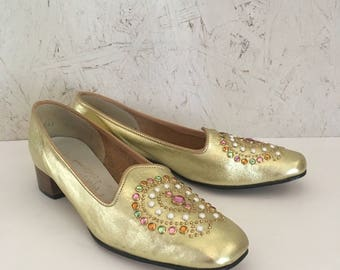Vintage 60s Gold Leather Jeweled Slip On Shoes by Magdesian's Size 6 Narrow