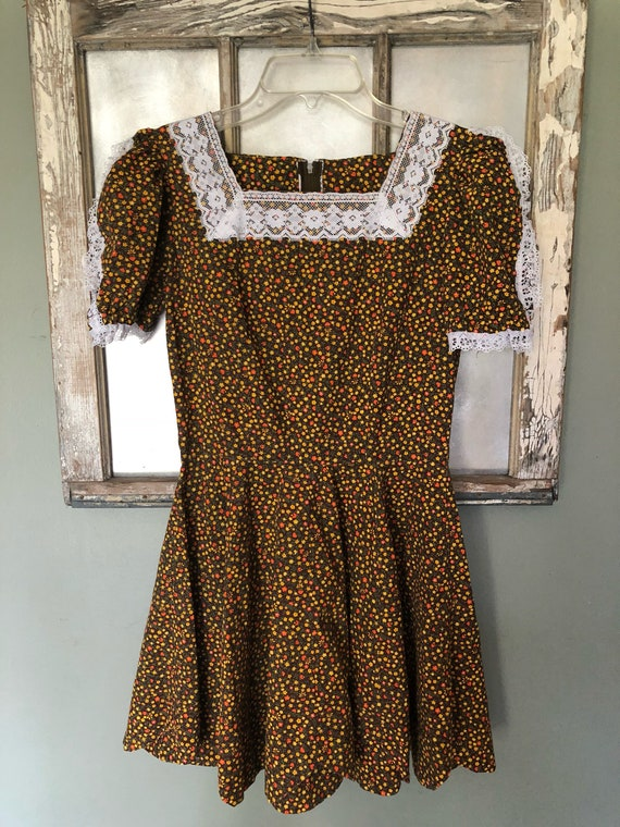 Vintage 70s Brown Floral Mini Square Dance Dress Floral And Lace Country Western Dress