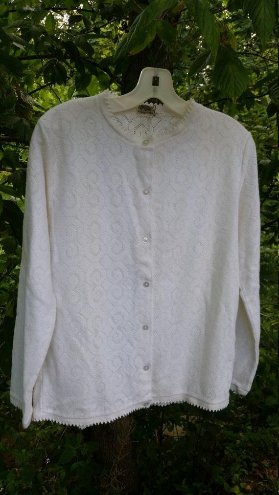 ef467f009 Vintage Mid Century White Cardigan   Gorgeous 50s 60s White