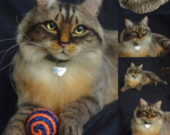 Custom Felted Cat Life sized Sculpture Long haired kitty Memory Pet Portrait Petlover Maine coon tabby cat Personalized gift catlover