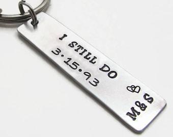 7ff6ef537c937 I Still Do Personalized Anniversary Keychain for Men