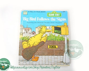80s Sesame Street Book: Big Bird Follows the Signs