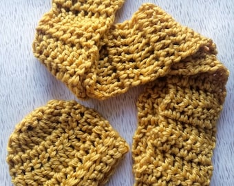 Chunky beanie and scarf gift set