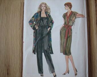 96bcdd13cf51 Vogue Pattern 7982 Misses  Dress or Coat