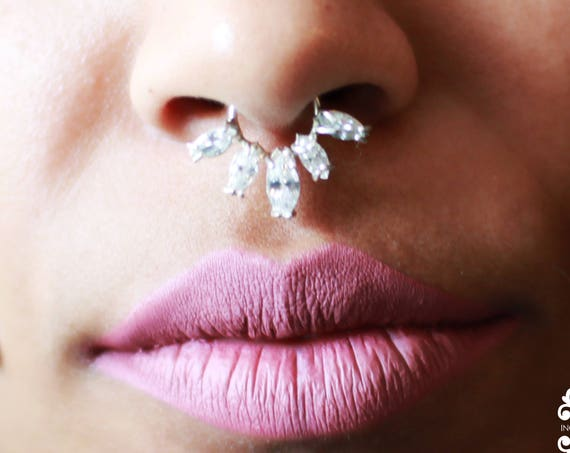 Statement Septum Piercing, Boho Septum, Tribal Nose Ring, Faux Piercing, Gypsy, Elegant, Indian Ring, Bold, Body Jewelry, Nipple Piercing