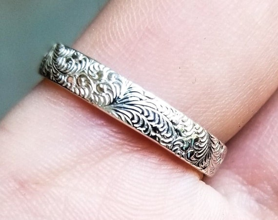Lace Textured Wedding Band, Delicate Silver Floral Ring, Nature Inspired, Ornate, Flower, Everyday Jewelry, Filigree, Rococo, Mothers Day