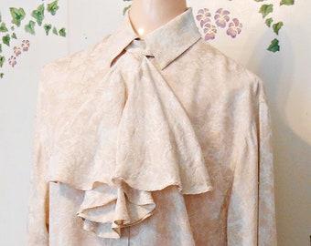 16cff6dfe4535 Dressy beige blouse