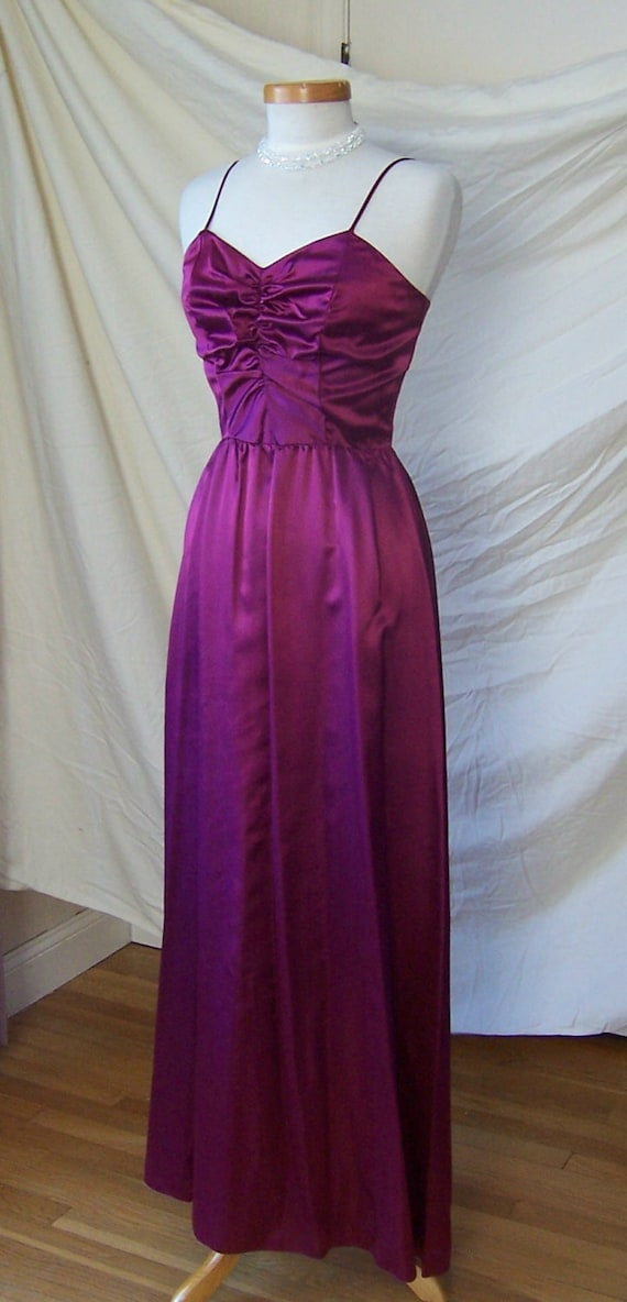 NWT vintage 70/'s magenta satin prom bridesmaid long dress gown with jacket S
