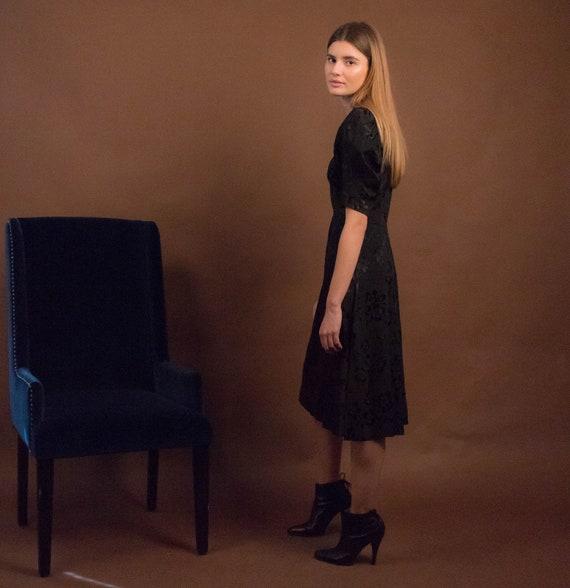 40s Floral Dress. Vintage 40s Dress. 40s Floral R… - image 9