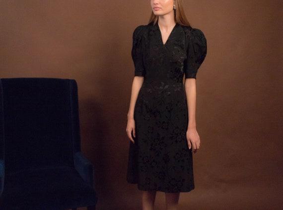 40s Floral Dress. Vintage 40s Dress. 40s Floral R… - image 3