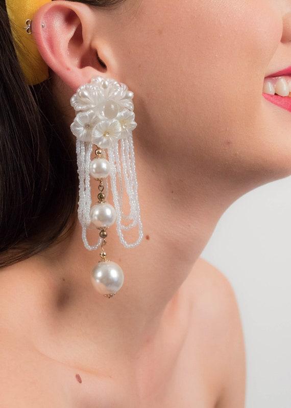 AVANT-GARDE 80s Floral Earrings. Oversized Fringe… - image 3