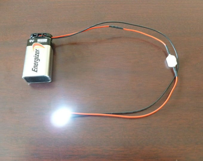 Battery LED Light w/ on off switch
