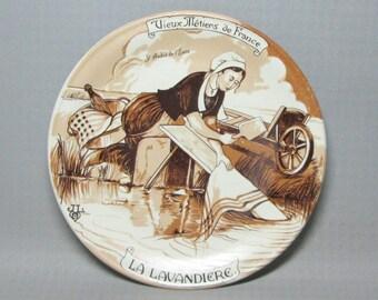 REC plate porcelaine France Castelroux , La Lavandier , signed JLB ( Jean Louis Boncoeur )