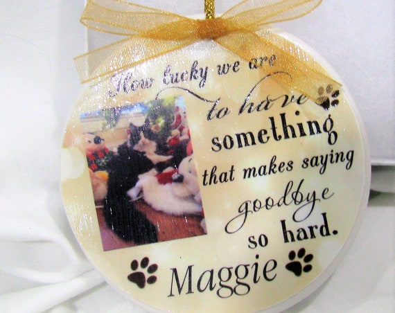 Custom Personalized Pet Memorial Ornament