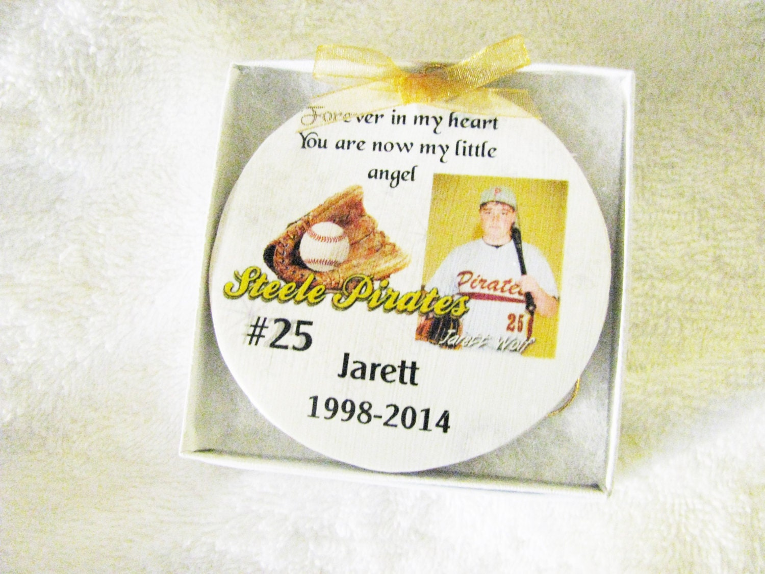 Christmas ornament - In Memory of - Memorial Ornament - Memorial ...