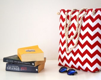 Summer  tote bag , Wedding tote , travel canvas , rope handle ,   shoulder bag , chevron  beach bag , bridesmaids gifts , bridal party gift