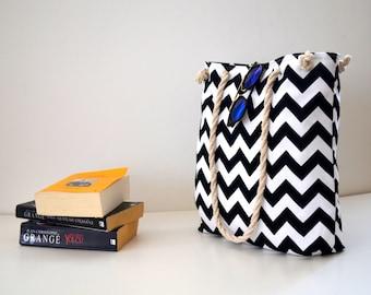 Chevron tote bag , Wedding tote , travel canvas , rope handle ,   shoulder bag , summer  beach bag , bridesmaids gifts , bridal party gift