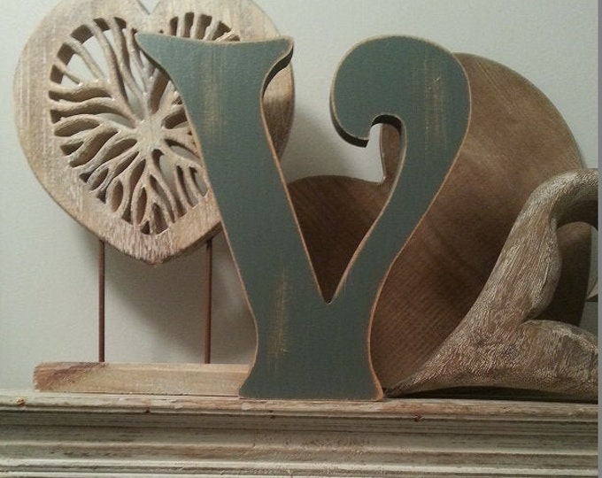 Wooden Letter V – Personalized Name Letter – Nursery Decoration Ideas – Rustic Room Décor – Victorian Style – Decorative Wooden Sign - 25cm