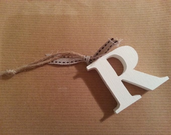 Hanging Wooden Letter Tag - Hand Painted - Letter R - Gift Tag