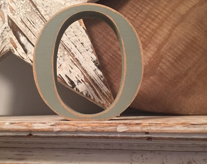 Wooden Letter 'O' -  20cm x 18mm - Georgian Font - various finishes, standing