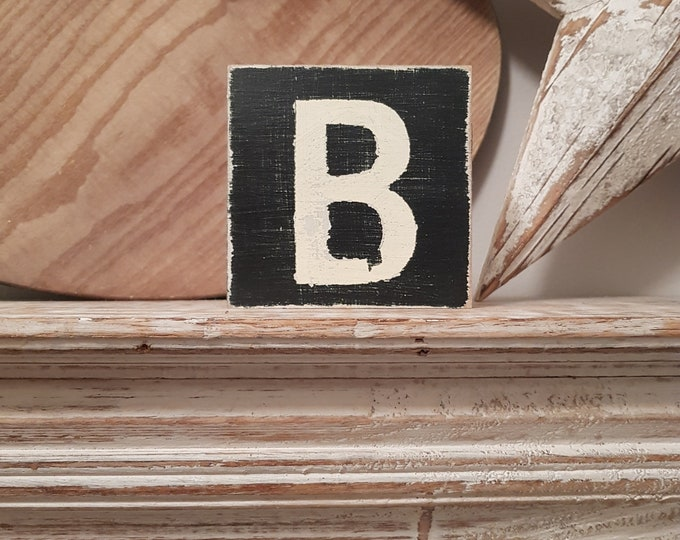 wooden sign, vintage style, personalised letter blocks, initials, wooden letters, monograms, letter B,  10cm square, hand painted