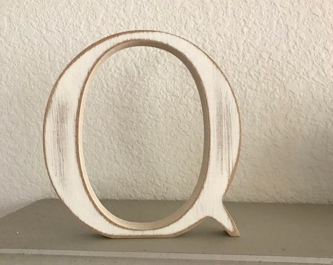 Wooden Letter 'Q' -  25cm - Georgian Font - various finishes, standing