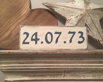Wooden Date Sign, anniversary, save the date