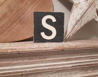 wooden sign, vintage style, personalised letter blocks, initials, wooden letters, monograms, letter S,  10cm square, hand painted