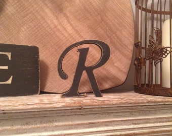 Wooden Letter R - Freestanding - Chancery Font - Various sizes, finishes and colours, 15cm
