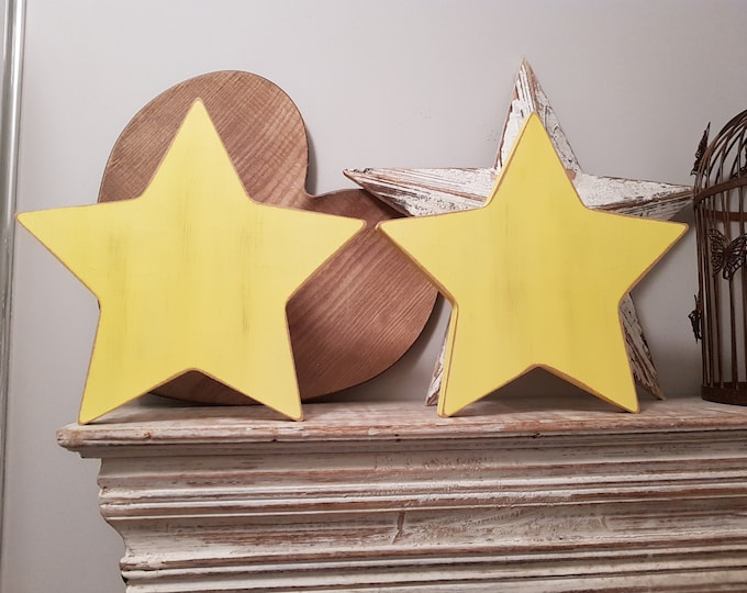 Single Wooden Star, Chunky, Free-standing, Any Colour, various sizes and finishes, distressed, 30cm high