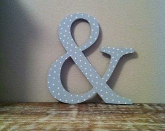 Wooden Wall Letter - '&' - Ampersand - New Times Roman - 15cm