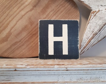 wooden sign, vintage style, personalised letter blocks, initials, wooden letters, monograms, letter H,  10cm square, hand painted