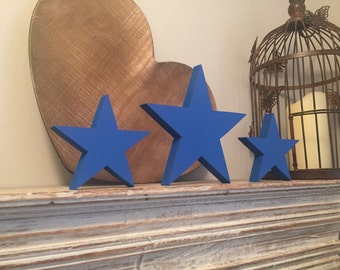 Wooden stars, set of 3, free-standing,  large - various finishes and colours available - 25cm and 20cm