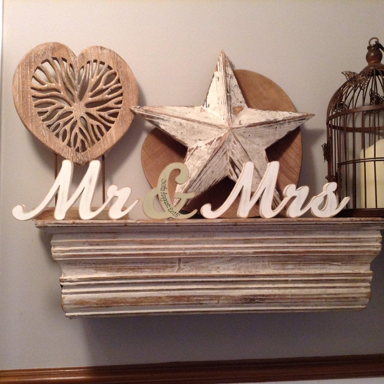 Wooden Wedding Letters - Mr & Mrs - Machiarge Font - 15cm - free