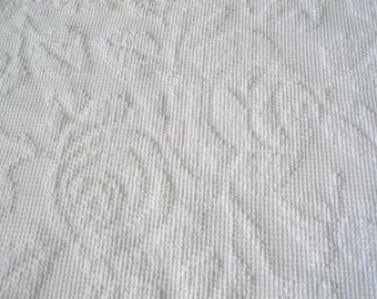 "White Fieldcrest Imperial Rose Hobnail Vintage Chenille Bedspread Fabric 22"" x 28"""