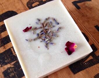 Lemongrass Sea Salt Soap - Spa Bar - Essential oil - Sea Clay - Vegan - Beautiful lather - Coconut oil - Shea butter