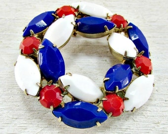 Vintage 1960s Red White and Blue Brooch Pin- Circle Wreath- 4th of July, Memorial Day, Labor Day, Patriotic Costume Jewelry- Gift for Mom