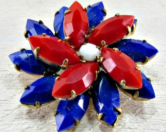 Vintage 1960s Patriotic Brooch Pin- Red White and Blue Daisy Flower- Memorial Day or Labor Day, 4th of July Costume Jewelry- Gift for Mom