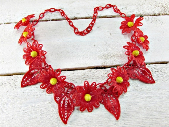 Vintage Celluloid Flower Necklace, Red Daisy Neckl