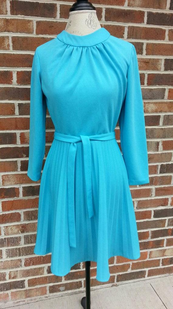 Vintage Mid Century Mod Mini Dress