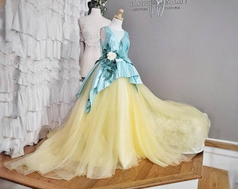 size 8 to 10 princess Tiana dress,  princess and the frog gown. Ready to Ship
