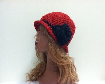 Crochet Cloche Flapper Hat - CLARET/BLACK