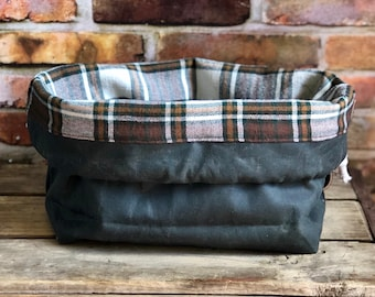 Waxed Canvas Dark Olive Green Plaid Flannel Lining Knit & Crochet Drawstring Tote Project Ditty Bag Finger Loop Strap Flat Bottom