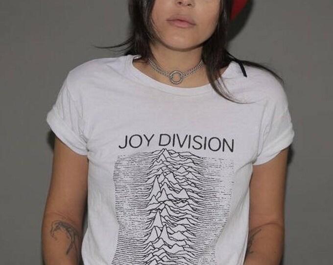 "Joy Division ""Unknown Pleasures"" Graghic Vintage Tee"
