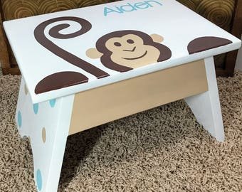 Nursery Monkey Step Stool