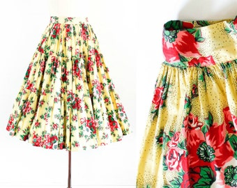 1940s skirt // Summer Poppies vintage 40s tiered skirt // 1940s poppy print. sm /xs