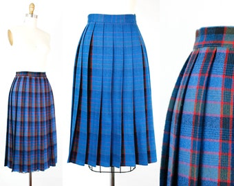 Vintage 1950s reversible skirt . Mirror, Mirror .  blue and red plaid skirt . 1950s plaid skirt . small
