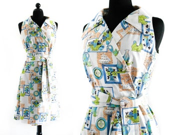 Vintage novelty print dress // House Witch 1960s / 70s wrap dress .  md / lg