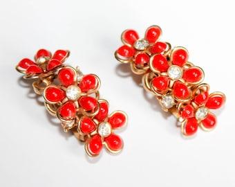 Vintage 1950s earrings  . red flower earrings . flower and rhinestone clip on earrings . 1950s red earrings
